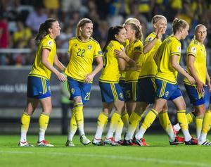 Svenska fotbollförbundet och klädföretaget Adidas står bakom kampanjen #IDittNamn, som ska peppa kvinnor till att våga ta mer plats.
