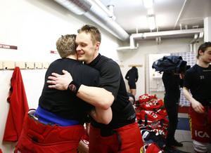 Samuel Påhlsson efter sin 400:e match i Modo Hockeys dress - det blev också hans sista.