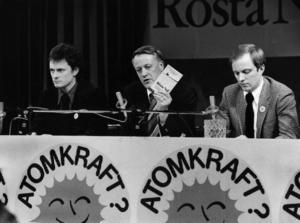 Centerpartiets Börje Hörnlund (mitten) kom att spela en central roll i förarbetet till 1985 års valsamverkan med KDS.