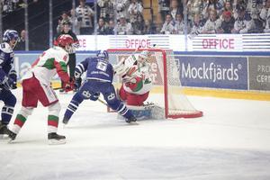 Christian Engstrand i Morakassen fick oerhört mycket att göra den här kvällen.