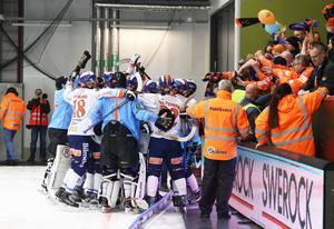 Alla från Bollnäs var ganska glada i Lidköping på tisdagkvällen.