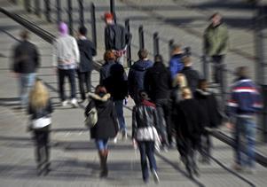 Gymnasieelever. Folkpartiet fruktar att gymnasieskolan riskerar att bli en utslagningsmaskin.Foto Hasse Holmberg / Scanpix