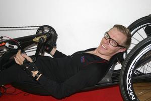 VM-brons. Anders Bäckman kom nyligen hem från Schweiz med en VM-bronsmedalj i paracykling. Nu satsar han på att bli uttagen till Paralympics. Foto: Solveig S Thörnblom