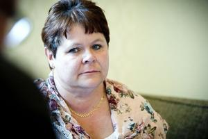Monica Forsgren har inga som helst planer på att lämna över ordförandeklubban i omsorgsnämnden till någon annan.