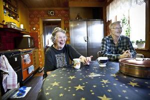 Birgitta och Sven-Erik Jonzon i Skridsvik blev rejält skrämda när huset skakade på torsdagseftermiddagen.