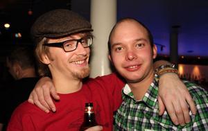 Blue Moon Bar. Yrsel och Lars