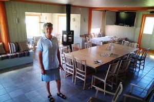 Pensionatsrestaurangen, med öppen spis för sköna vinterkvällar, rymmer 40 personer. Foto: Ingvar Ericsson