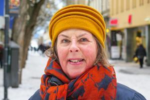 Cari Morén, 67 år, Östersund: – När jag var på Östersundsrevyn. Då blev det många gapskratt. Det var roligt, dråpligt, drastiskt och komiskt.