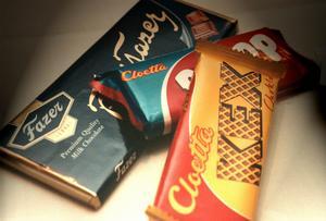 Mannen som dömts för grov våldtäkt mot barn skickade meddelanden i chokladkakor.