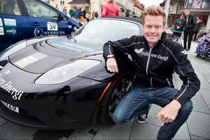 Rallyesset Patrik Sandell tror på elbilar inom rallysporten. Det kommer på allvar om ett par år, menar han.