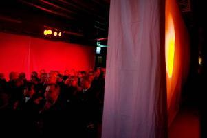 Drygt 200 företagare lyssnade på en landshövding, en minister och en vd på möte i Läkerol Arena.
