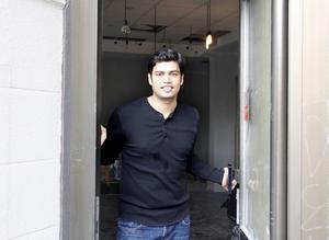 Saiful Islam driver sedan tidigare Sushi House på Stora torget i Sundsvall.