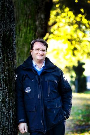 NY POLITIKER. Lars Beckman har här gjort sig känd som regionchef för Svenskt Näringsliv. För ett år sedan ställde han upp i Moderaternas provval och hamnade på tredje plats, vilket ledde till att Beckman blev riksdagsman efter höstens val. En av hans motioner handlar om ett nytt skatteavdrag, för it-tjänster.