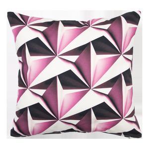 Svart och vitt kombinerat med en starkare färg ger en modig grafisk känsla. Design Lina Johansson.