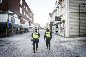 Polisen i Jämtland höjer beredskapen med anledning av det misstänkta terrordådet i Stockholm.