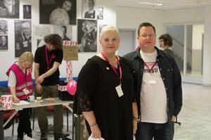 Anne Sommerby, kassör i Feministiskt initiativ Västerås, och Jonas Kullinger, ledamot i Feministiskt initiativ Västerås var två av omkring 400 deltagare i kongressen i Västerås