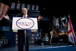 Republikanen Newt Gingrich hånades för att han ville bygga en bas på månen.