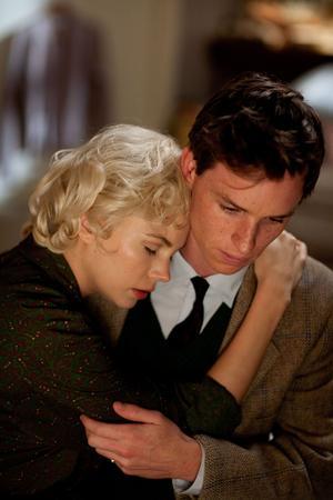 """Ur den unge Colin Clarkes (Eddie Redmayne) perspektiv. Då berättar """"My Week With Marilyn"""" om den kaotiska inspelningen av """"Prinsen och balettflickan"""", där Marilyn Monroe drev alla inblandade till vansinne med sina divalater.Foto: Scanbox entertainment"""