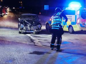 Det bildades köer på E45, vid överfarten förbi E14, när räddningsfordon och ambulanser anlände.