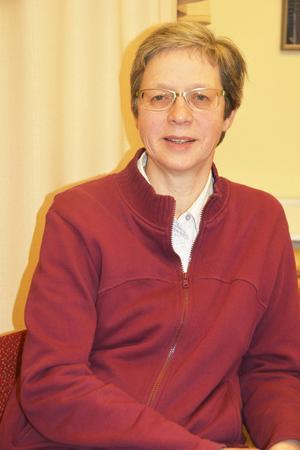 Inga-Lill Nordin har jobbat på SMHI i snart fyra decennier och hon har planerat att fortsätta som meteorolog fram till pensionen.