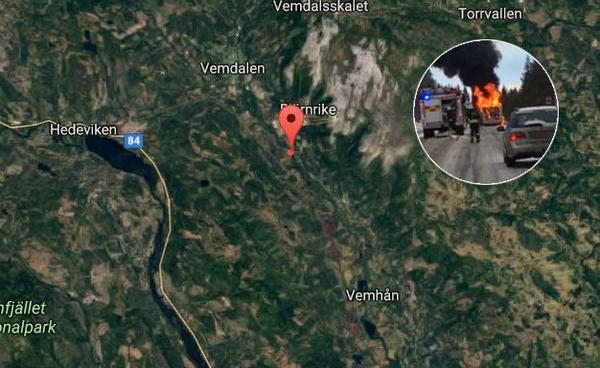 Det var precis söder om infarten till Björnrike som husbilen fattade eld.