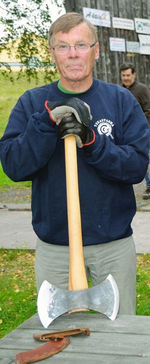 Torsten Hagberg, Malung, vann Sverigecupen i yxkastning för andra året.