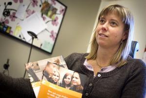 Enligt vår bedömning så har skolor som arbetar aktivt med tobaksfrågan mindre problem med rökning, säger Chatrin Molin, Miljö- och hälsoskyddsinspektör på Hudiksvalls kommun.