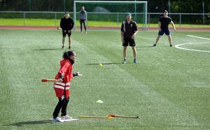 Ett 20-tal lag kom till start i årets upplaga av brännbollsturneringen Träslaget på Ånge IP.