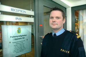 BLEV BRA. Niklas Hållkvist, närpolischef i Tierp/Älvkarleby, tycker att sammanslagningen av Skutskär och Tierp blev bra.
