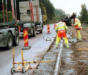 Redan nu görs mycket för att öka säkerheten vid vägarbeten, men Bosse Hedin tycker att det kan bli bättre.