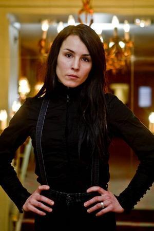 """Noomi Rapace går från rollensom Lisbeth Salanderi """"Millennium""""-filmerna till huvudrollen i """"Svinalängorna"""".Foto: Cornelius Poppe/Scanpix"""