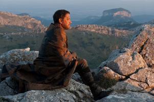 """""""Cloud Atlas"""". Tom Hanks gör sex olika roller – i sex olika tidsåldrar – i den myllrande filmsagan."""