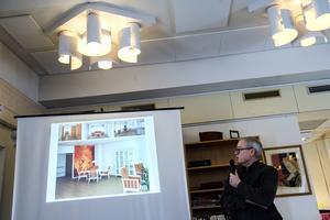 Arkitekten Arne Wistedt berättade hur man tänkt kring bland annat färgsättningen i Nybygget för att hjälpa de boende.