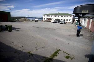 Här kan Byggmax etablera sig, på Norrviddens fastighet norr om Skeppsbron. Om nu inte militären sätter stopp förstås.