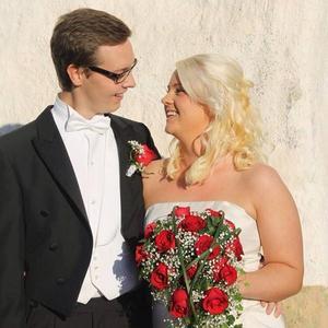 Linus Magnusson tillsammans med frun Malin Hedblom.