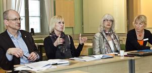 Förvaltningscheferna Frank Stoor och Birgitta Pettersson har följt Skolinspektionens granskning av Gävles skolor med stort intresse.