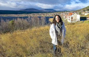 – Jag kan inte rå för att jag är uppväxt i Härjedalen och därmed har ett stort naturbehov, säger Maria Carlund. Längtan till fjällen gjorde att hon flyttade tillbaka till Härjedalen med hela familjen för några år sedan.