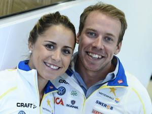 Anna Haag och Emil Jönsson har haft en blek säsong. Därför har pengarna som de lovat att skänka till barn på flykt bara blivit en bråkdel av den tänkta summan.