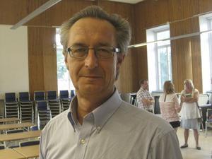 Ny ordförande. Tomas Högström valdes i går kväll till ordförande i de fyra handbollsklubbar som bildar Västerås-Irsta HF.
