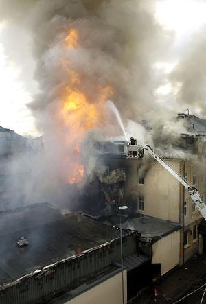 CH-branden. 17 maj 2005 brann CH i Gävle. Sju skadeståndsförhandlingar hölls på måndagen i tingsrätten.
