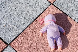 I Sverige som helhet lever 12 procent av alla barn i fattigdom. Det är 230 000 barn.