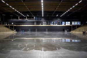 Den nya alkoholpolicyn gör att det kan bli tillåtet att servera öl, sprit och vin i den nya arenan i Östersund.