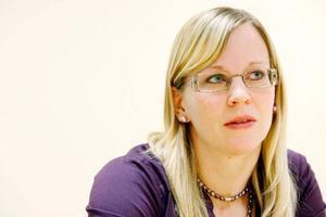 Coachen Sandra Näs tror att hon kan ha ett annat kontaktnät än arbetsförmedlingens egen personal.Foto: Henrik Flygare