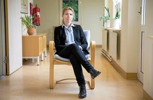 """Pojkar är normen. Hos flickor som i dag får diagnosen """"deprimerad"""" finns de som egentligen har ADHD och borde få rätt hjälp för det, säger Karin Sonnby, barn- och ungdomspsykiater. Foto: Kenneth Hudd"""