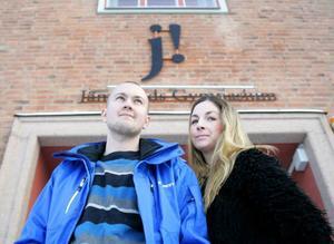Johan Gyllander och Sara Andersson framhåller att elevernas läsande måste bygga på lust.