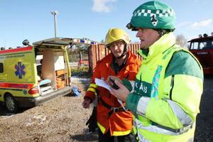 Räddningstjänsten och ambulanspersonalen fick lära sig att samarbeta och få rutiner för att klara av svåra olyckor.