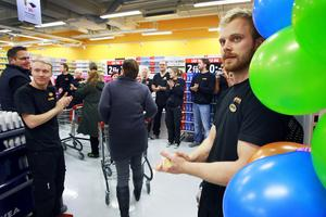 Så här såg det ut när Dollarstore slog upp dörrarna till butiken i Sundsvall 2011.