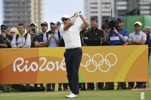 Henrik Stenson har börjat bra i OS-golfen.