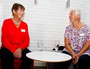 Eiwor Nilsson och Britt-Marie Gunnarsson blickade tillbaka på åren de gått och en sak verkade då säker, att vara 75 är lättare än att vara 30.