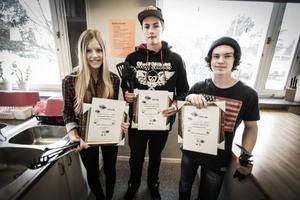Felicia Hofflin, Andreas Hansson och William Falk segrade i årets matlagningstävling på Anders Olofskolan.